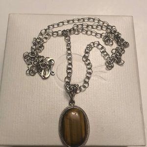 Vintage sterling long chain w/ tigers eye pendant